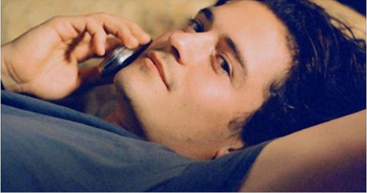 Когда мужчина скучает по тебе, он приходит, а не просто пишет сообщение