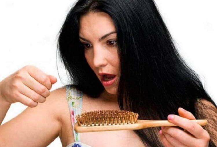 Домашний шампунь который поможет избавится от выпадения волос. Добавьте всего 3 ингредиента: масло розмарина, лимона и витамина Е