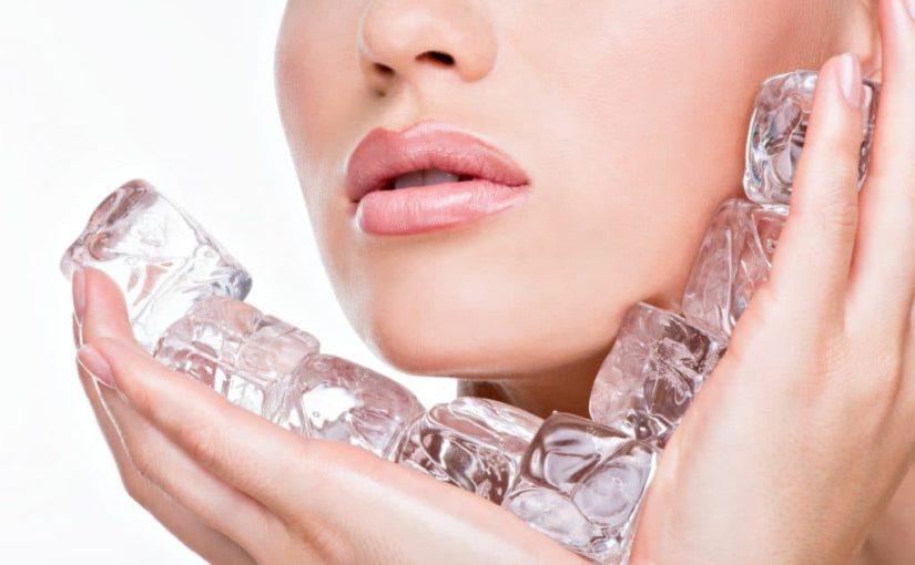 Секрет Снежной королевы: 10 полезных свойств кубиков льда для кожи лица