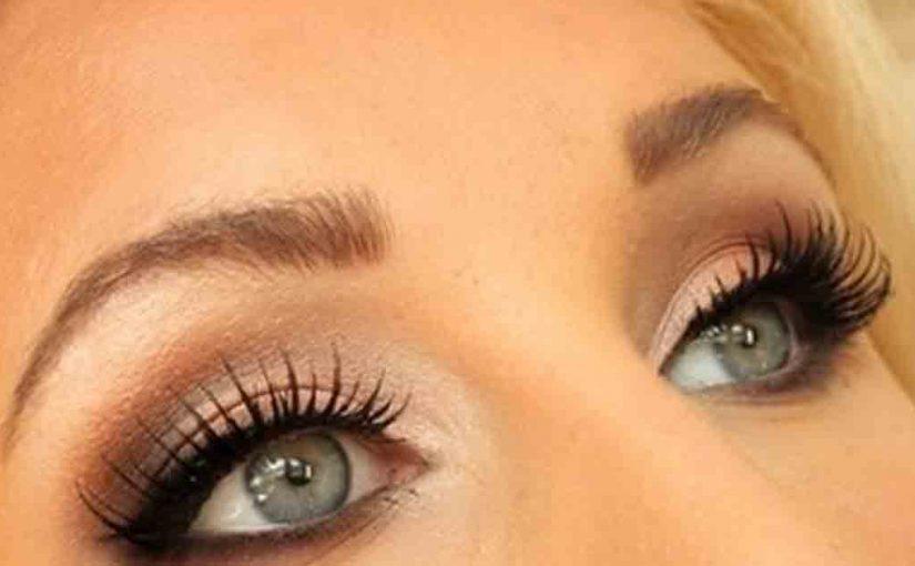 Как делать макияж глаз, чтобы скрыть морщины: 4 лайфхака