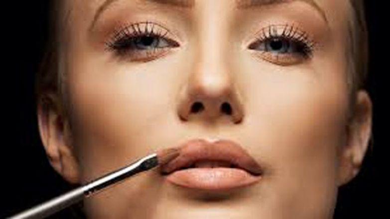 Стробинг – новый тренд в макияже