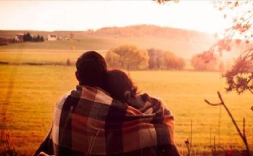 «Они рядом сидели, обнявшись любя…» (стихотворение)