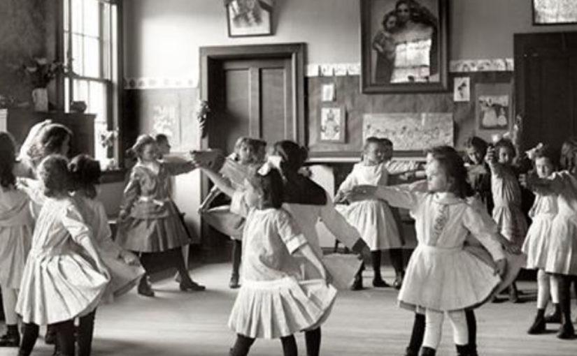 «Учить значит хвалить»: мама троих детей про оценки и недовольных учителей