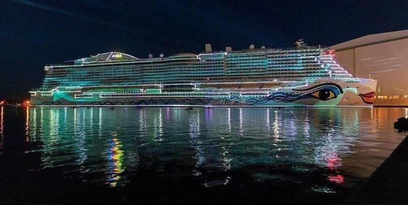 Carnival представила свой крупнейший круизный лайнер