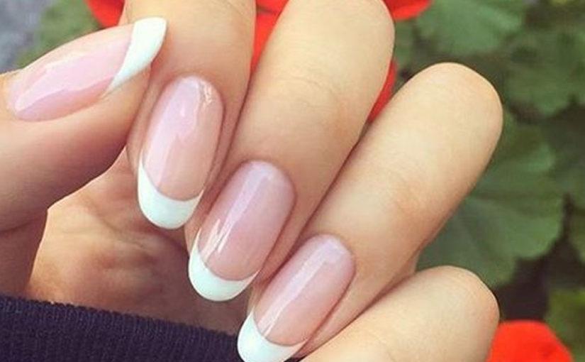 Очень стильный дизайн ногтей на осень
