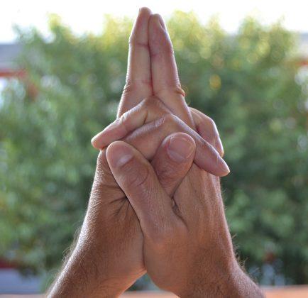 17 сакральных буддистских мудр, которые непонятно как, но решают все проблемы
