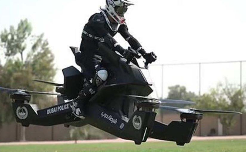 В Дубае копов уже учат управлять летающими «мотоциклами» за $150 000