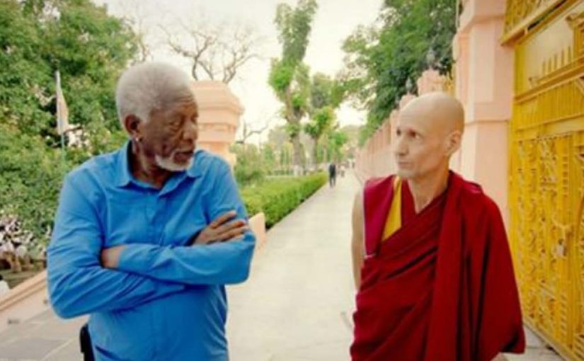 Буддийский монах рассказал Моргану Фримену, что такое ″чудо″