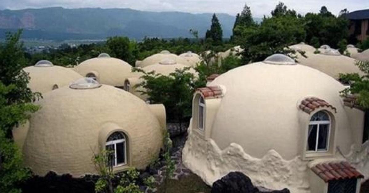 Уникальные дома из пенопласта в Японии