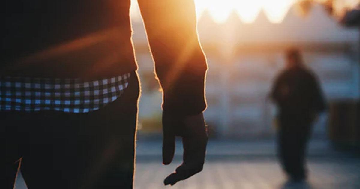 Мнение: почему некоторые мужчины не отпускают женщин