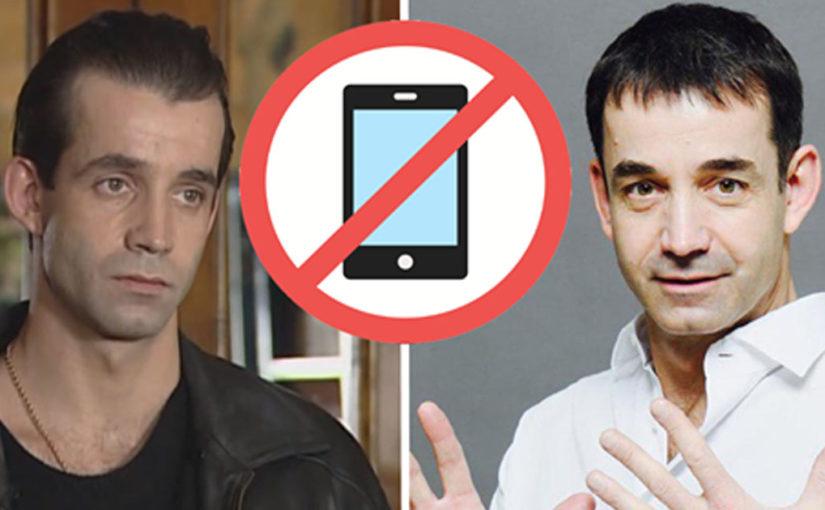 Дмитрий Певцов призвал родителей не давать школьникам смартфоны