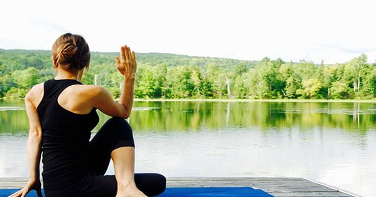 Упражнение «Маласана» — очень полезное для женщин