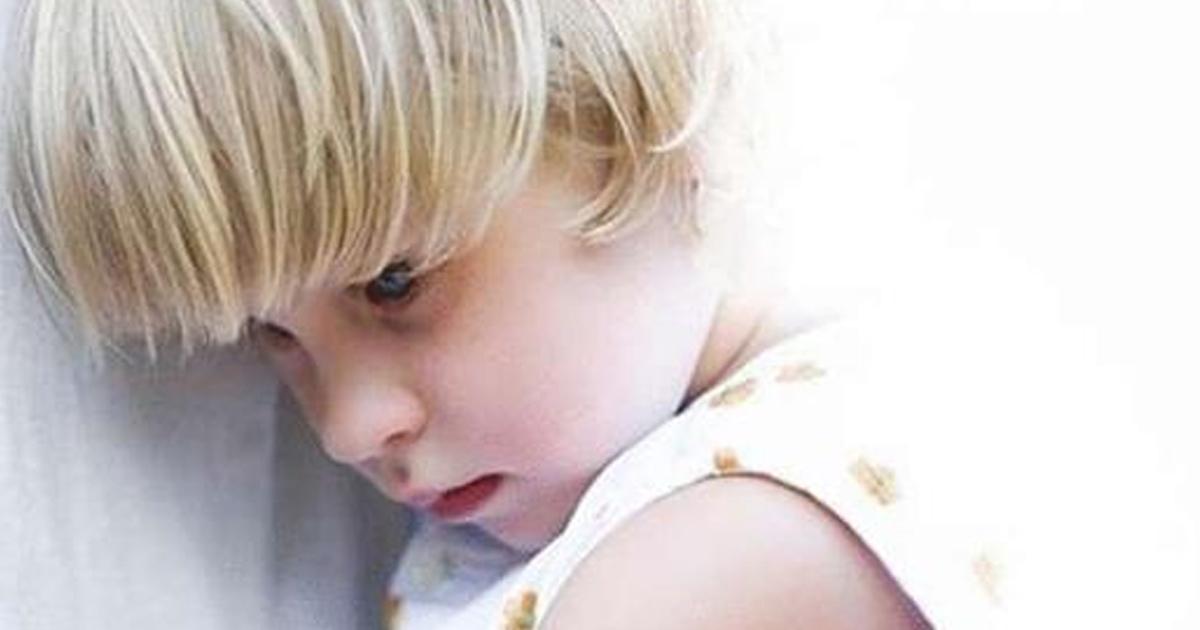 О том, почему ребёнок хуже всего ведёт себя с мамой