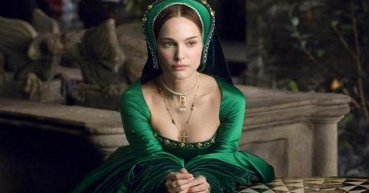 10 красивых фильмов о королевских особах