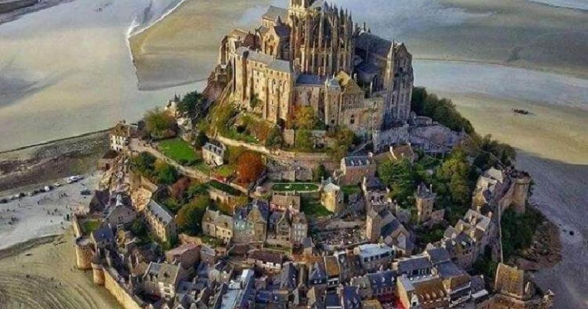15 крутейших замков, в которых хочется остаться жить